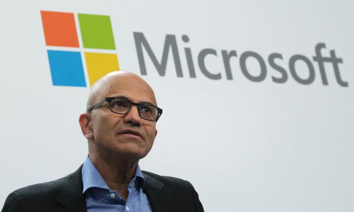 Satya Nadella, CEO de Microsoft, habla en Berlín, Alemania, el 27 de febrero de 2019. (Sean Gallup/Getty Images)