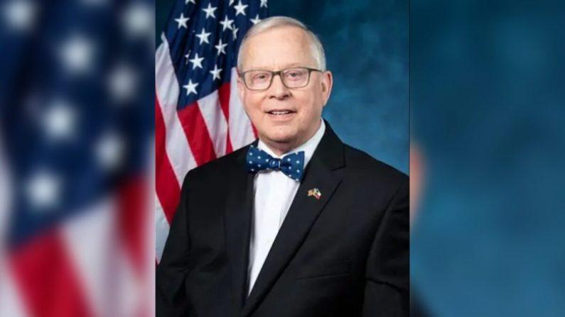 El representante Ron Wright (R-Texas)  estaba en tratamiento contra el cáncer desde 2018 y posteriormente dio positivo en la prueba de COVID-19. (Cámara de Representantes)