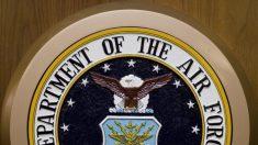 La Fuerza Aérea llevará a cabo una revisión sobre la amenaza del extremismo en el servicio