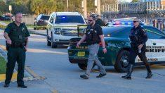 Policía sigue buscando a autor de disparos en un centro comercial en Florida
