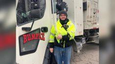 Conductor de camión de basura de Ohio encuentra bolsa con un cachorro abandonado y lo adopta