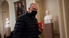 Schumer intenta conseguir votos a favor de la nominada de Biden para la oficina de presupuesto