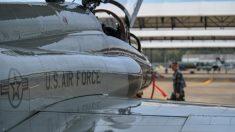 Mueren dos pilotos de la Fuerza Aérea tras estrellarse un avión militar en Alabama