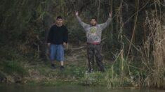 """""""Absolutamente vil"""": miembros de cártel mexicano amenazan a senadores republicanos en la frontera"""