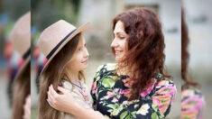 Mujer rechaza consejo médico de abortar y confía en un milagro: ¡Ahora su milagro ya tiene 11 años!