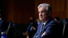 Fed mantiene las tasas de interés cercanas a cero y refuerza las proyecciones económicas