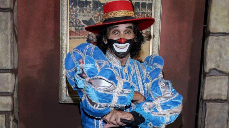Fotografía con fecha del 28 de septiembre de 2020, donde se observa a Ricardo González (Cepillín), mientras posa en un acto en Ciudad de México(México). EFE/PHOTOAMC