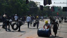Al menos 10 muertos por la represión policial durante protestas en Birmania