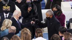 """Biden y Obama están en contacto regular sobre una """"variedad de temas"""", dice Psaki"""