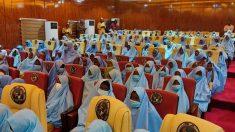 Liberan a las 279 alumnas secuestradas en un colegio de Nigeria