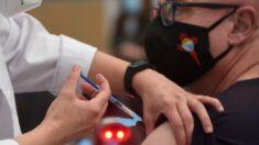 Los cambios de criterio causan rechazo en España a vacunarse con AstraZeneca