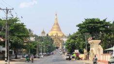 """Los birmanos vacían las calles en una """"huelga de silencio"""" contra la junta"""