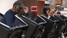 Senador de Carolina del Norte acusó a directora electoral que atenuó las reglas de votación