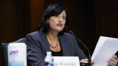"""Directora de CDC: Definición de """"completamente vacunado"""" podría cambiar en el futuro"""