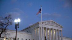 La Corte Suprema acuerda desestimar el caso que impugna la regla de carga pública de la era Trump