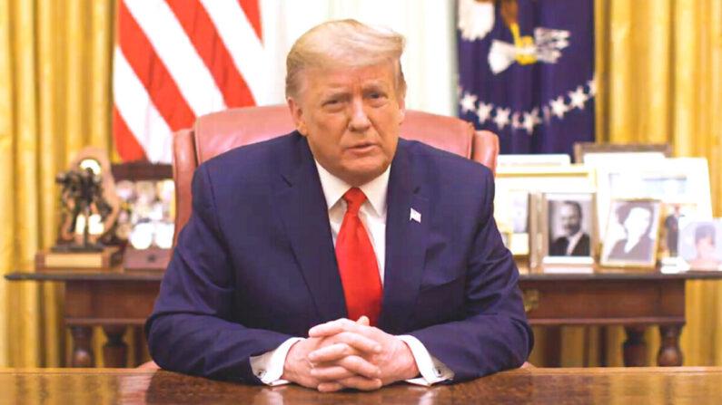 El presidente Donald Trump habla en un video publicado por la Casa Blanca a última hora del 13 de enero de 2021. (Captura de pantalla/Casa Blanca)