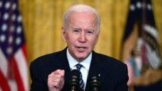 Biden dice que la meta de los 100 millones de estadounidenses vacunados se cumplirá el viernes