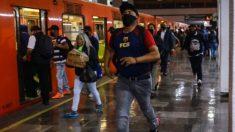 """Video de """"vendedor"""" ofreciendo vacuna COVID-19 por 10 pesos en México crea polémica en redes sociales"""