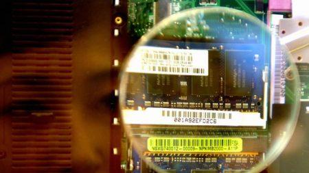 Acusan a empresas taiwanesas por contratar expertos en semiconductores para el PCCh