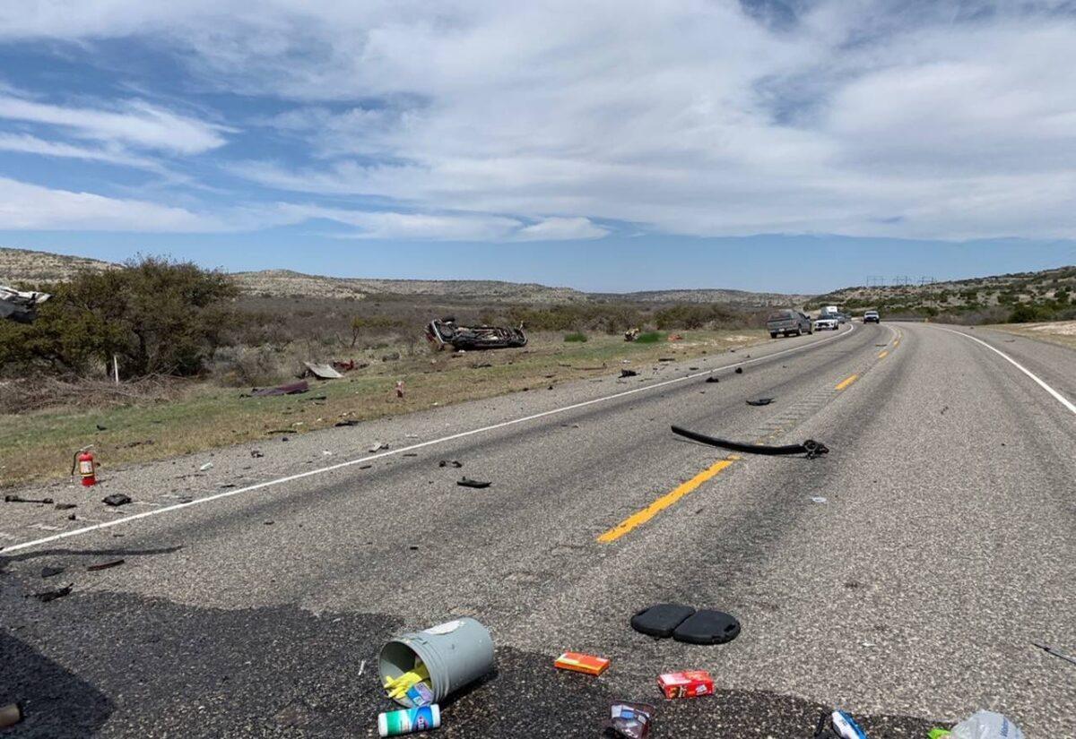 Choque frontal deja 8 inmigrantes ilegales muertos en Texas, cerca de la  frontera, dicen autoridades | The Epoch Times en español