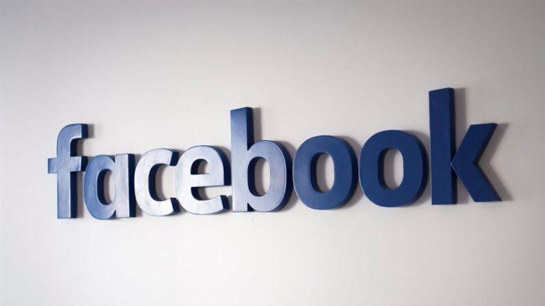 Vista de un logo de Facebook. EFE/Gian Ehrenzeller/Archivo