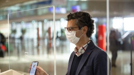 Pase de viaje con información de vacuna COVID-19 se lanzará en Apple a mediados de abril