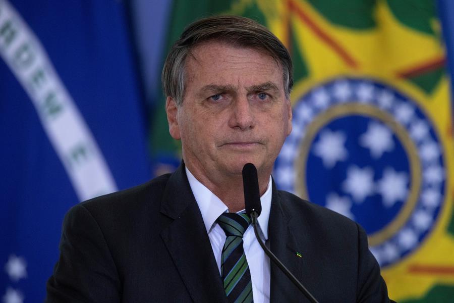 """""""No tenemos culpa de nada"""": Bolsonaro se defiende sobre acusaciones por la pandemia"""