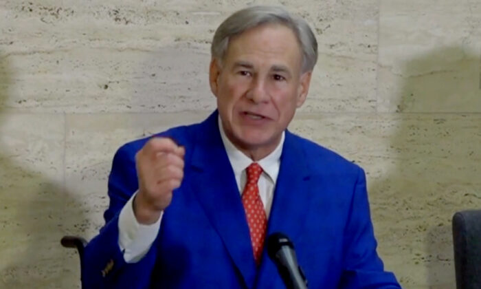 El gobernador de Texas, Greg Abbott, habla en una conferencia de prensa en Tyler, Texas, el 5 de marzo de 2021. (Captura de pantalla/NTD)