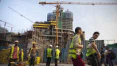 """Las naciones más pobres del mundo enfrentan la """"trampa de la deuda por COVID-19"""""""