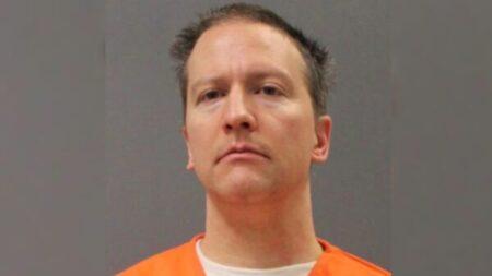 Juez de Minnesota abre la posibilidad a una condena más larga para Chauvin por la muerte de Floyd