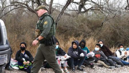La Patrulla Fronteriza detiene a 172,000 inmigrantes ilegales en marzo