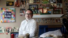 Después de que su hijo se quita la vida, padre advierte sobre prolongados cierres por pandemia