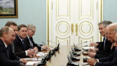 Biden propone una reunión en persona con Putin en terreno neutral