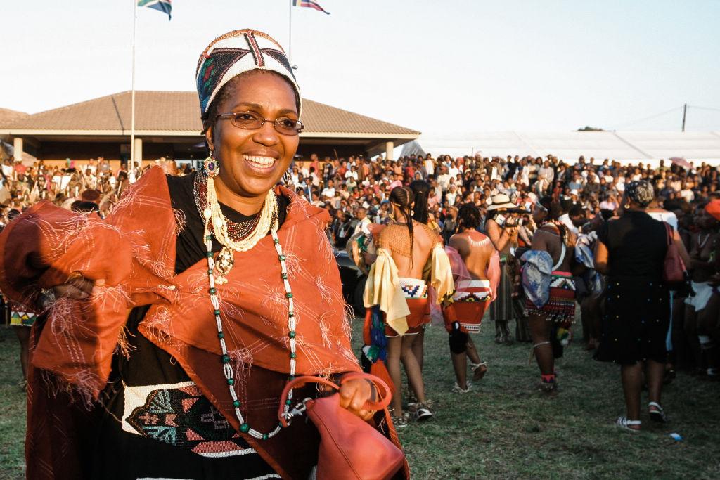 Muere la viuda regente del rey de los zulús en Sudáfrica