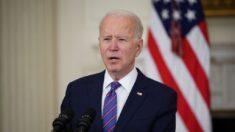"""Texas usará """"todos los recursos legales"""" contra política migratoria de Biden"""