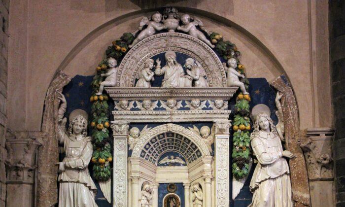Tabernáculo eucarístico, hacia 1512, de Andrea della Robbia. (Sailko/CC BY-SA 4.0)