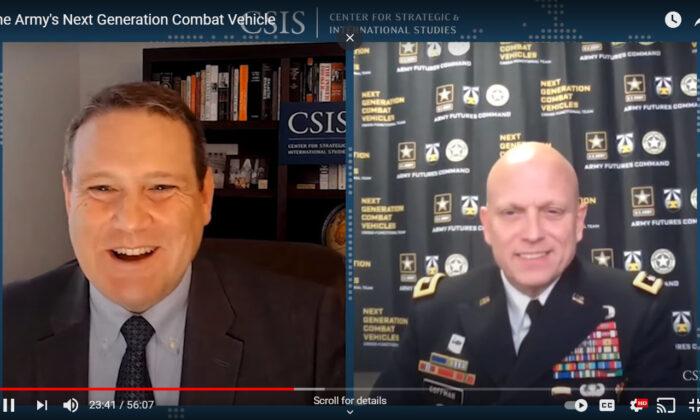 El General de División del Ejército de EE.UU., Richard Coffman (derecha), habló en el seminario web realizado por el Centro de Estudios Estratégicos e Internacionales (CSIS), el 10 de marzo de 2021. (Captura de pantalla del seminario web)