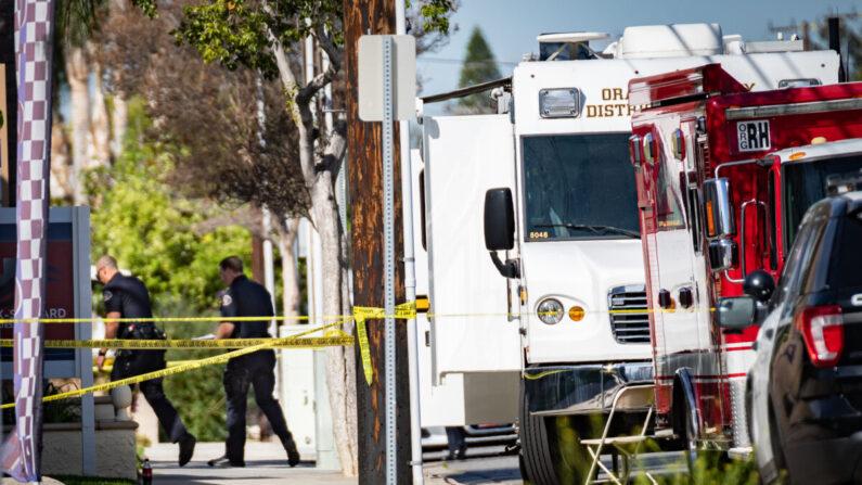 La policía investiga la escena de un tiroteo en Orange, California, el 1 de abril de 2021. (John Fredricks/The Epoch Times)