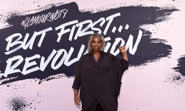 La cofundadora de Black Lives Matter, Patrisse Khan-Cullors, posa durante la cumbre Glamour Celebrates 2017 Women Of The Year Live en el Museo de Brooklyn en Nueva York el 13 de noviembre de 2017. (Ilya S. Savenok/Getty Images para Glamour)