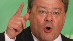 """Occidente debe hacer frente a la """"arrogancia imperial"""" de Beijing: Miembro del Parlamento Europeo"""