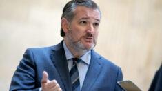 Ted Cruz ya no usará mascarilla después de haberse vacunado contra COVID-19