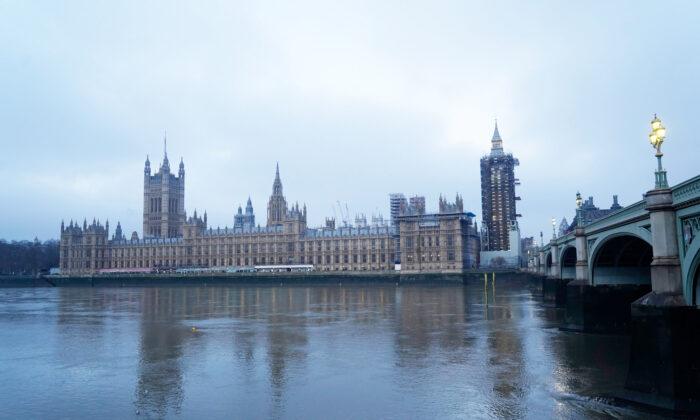Parlamento del Reino Unido aprueba por unanimidad moción que declara genocidio en Xinjiang, China