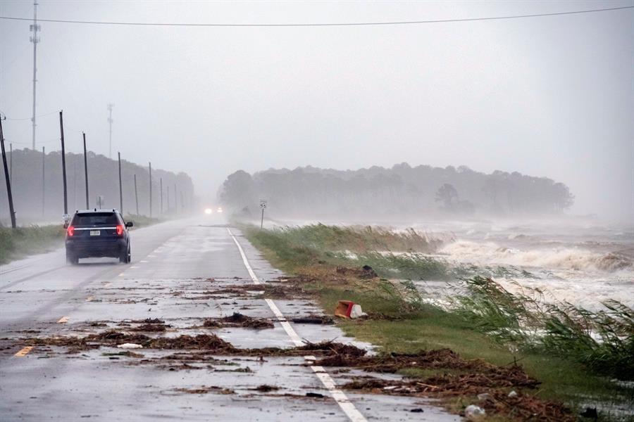 La tormenta tropical Claudette deja inundaciones y tornados en EE.UU.