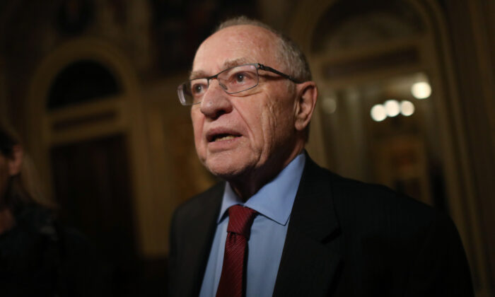 El abogado y profesor de derecho, Alan Dershowitz, en Washington, el 29 de enero de 2020. (Mario Tama/Getty Images)