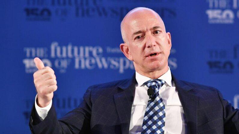 En la imagen, el fundador de Amazon, Jeff Bezos. EFE/Alessandro Di Marco/Archivo