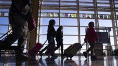 Evacúan una terminal de aeropuerto en California por un hombre armado