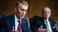 """Senador Lankford: la HR 1 hará que sea """"fácil votar y fácil hacer trampa"""""""