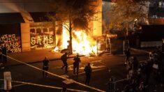 Disturbios estallan en todo Estados Unidos tras incidentes de disparos realizados por la policía