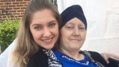 Enfermera cumple promesa de estar en graduación de la hija de una paciente que falleció 4 años atrás