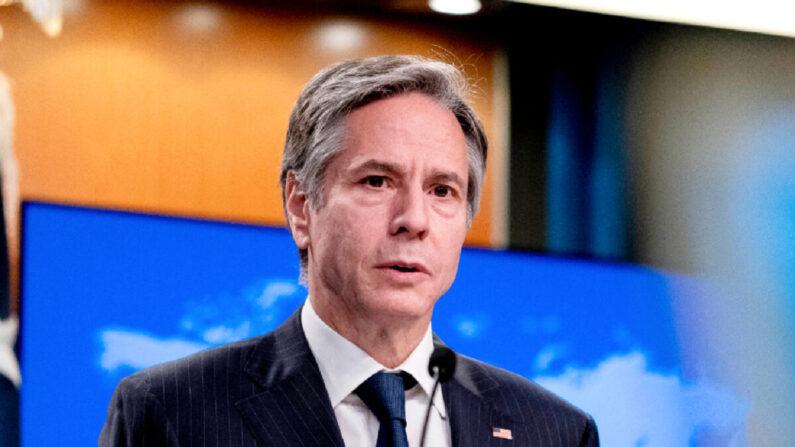 El secretario de Estado Antony Blinken habla durante una conferencia de prensa en el Departamento de Estado en Washington, el 12 de mayo de 2021. (Andrew Harnik/Pool/AFP vía Getty Images)